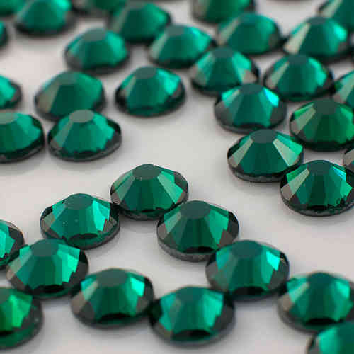 strass MC Premium emerald ss/10  (3 mm)