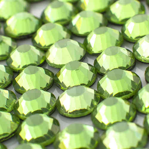 strass MC Premium  peridot ss/16  (4 mm)